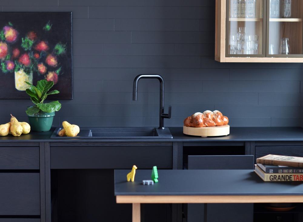New Brand Introduces Freestanding Modular Kitchen Concept