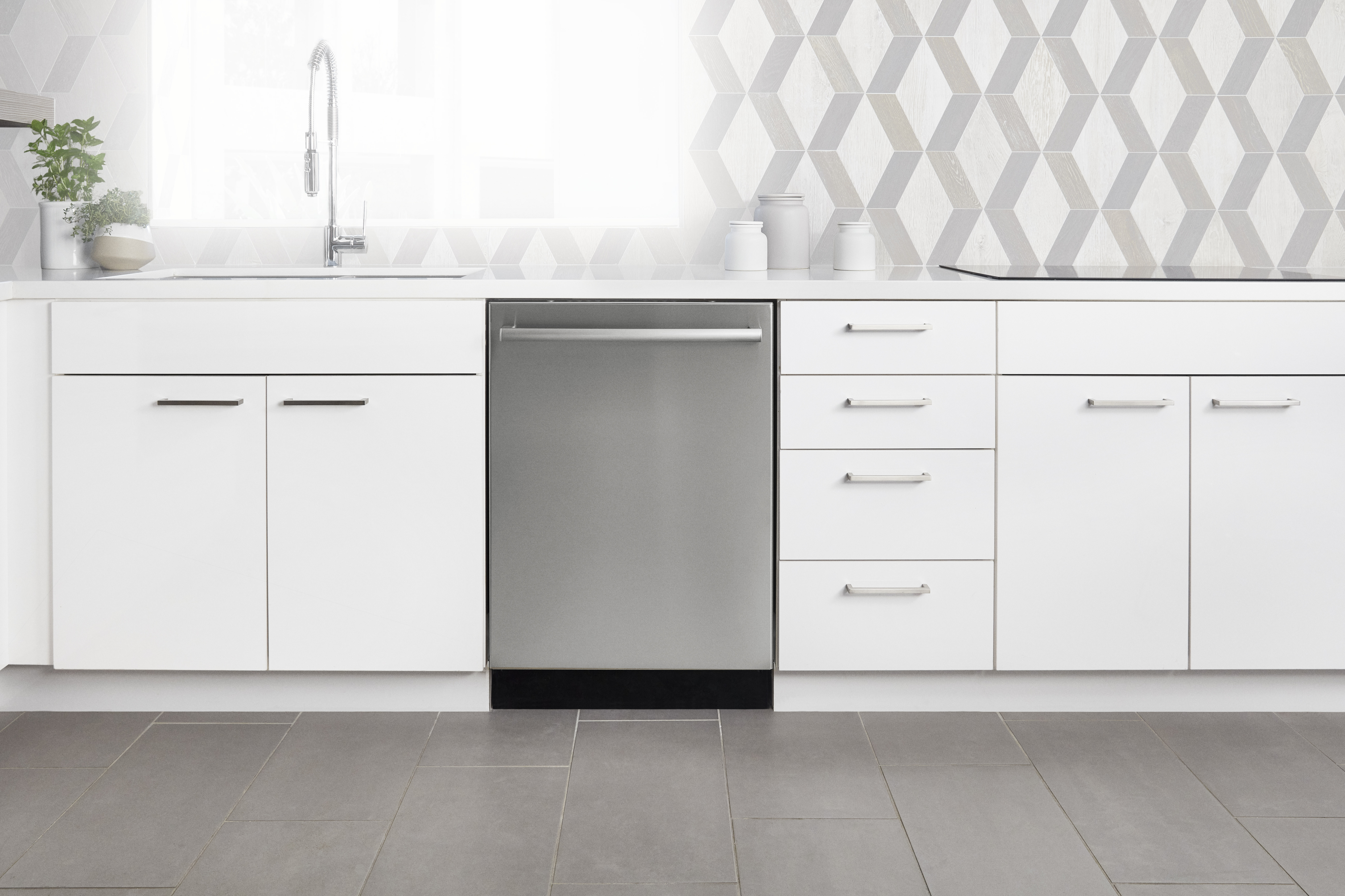 Bosch Unveils New 100 Series Dishwashers With Low Price Point ...