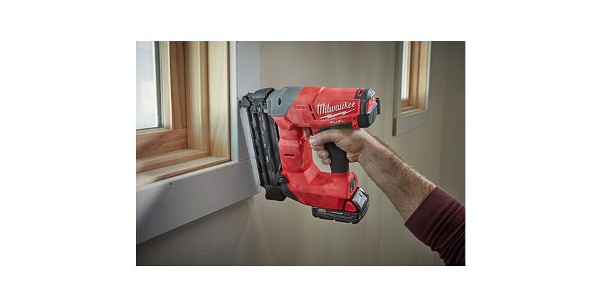 M18 Fuel finish nailer in use
