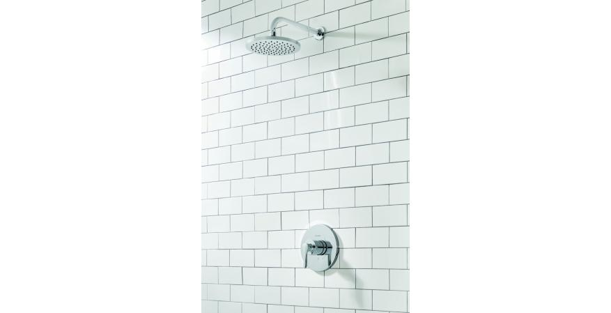American Standard Studio S tub and shower set