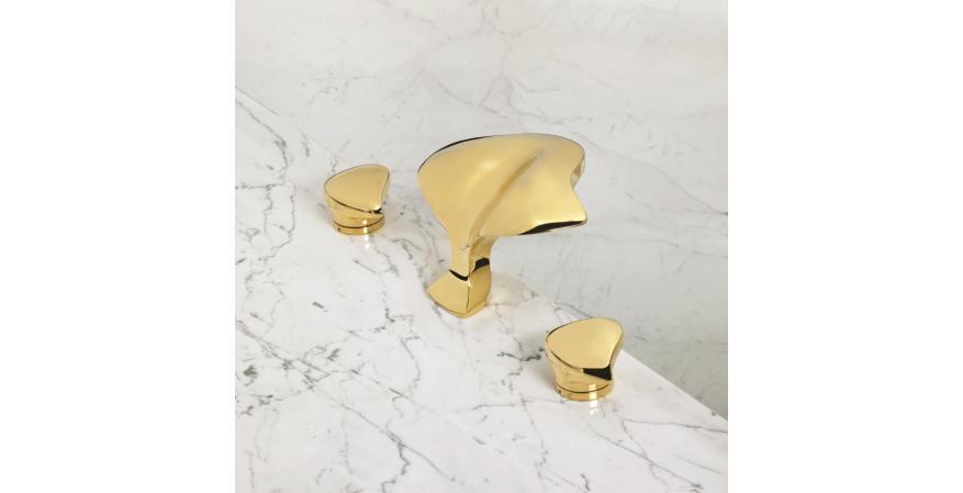 Alex Miller Studio Aurora faucet in polished gold.