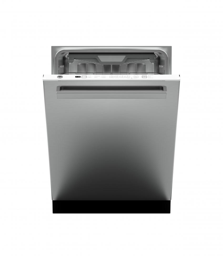 The company has introduced its first full kitchen suite, adding refrigeration and dishwashing products to its Master, Professional, and Heritage series. The 24-inch dishwasher offers interior LED lighting, a third-level rack, Sani Boost, and sound insulation for extra-quiet performance