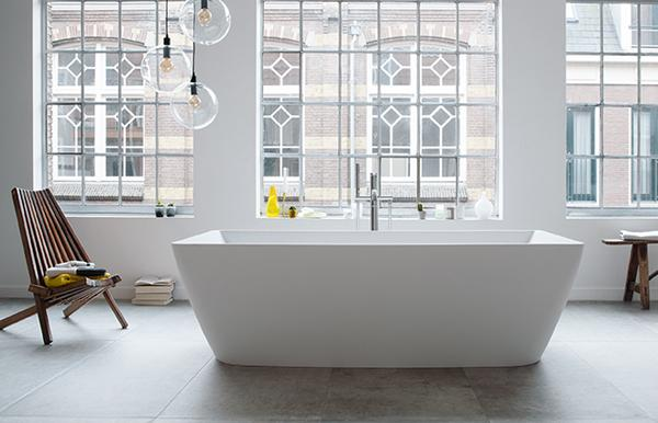 Duravit DuraSquare Collection Freestanding Tub Room Shot