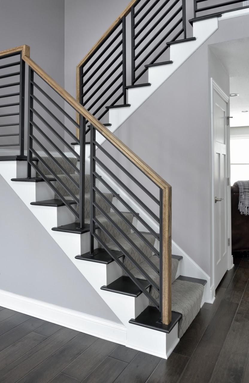 Superieur LJ Smith Stair System Linear Metal Panel System
