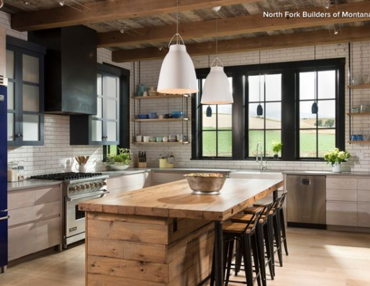L-shaped, farmhouse-style kitchen in Montana