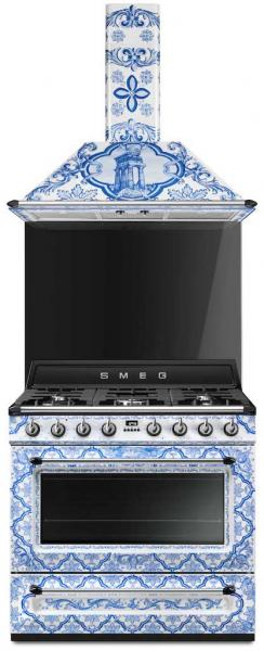Dolce & Gabbana range and hood for Smeg