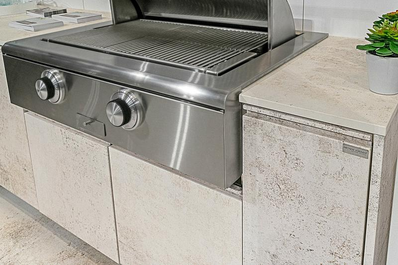 Brown Jordan Outdoor Kitchens TECNO Nilium finish close up