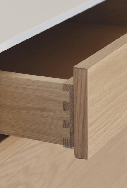Coquo solid white oak dove-tail drawer detail