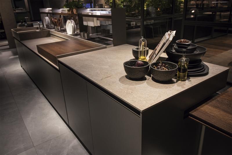 Inalco Ceramica iTopker countertop