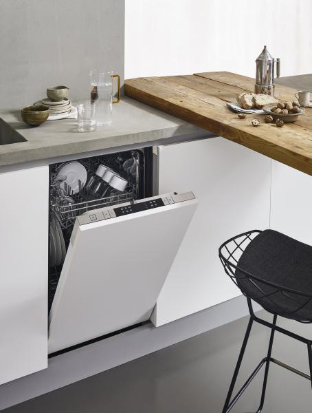 Bertazzoni 18-inch panel-ready dishwasher