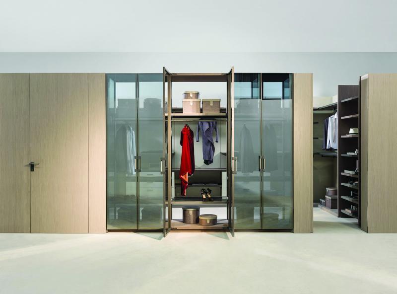 Ornare Crystal Case closet