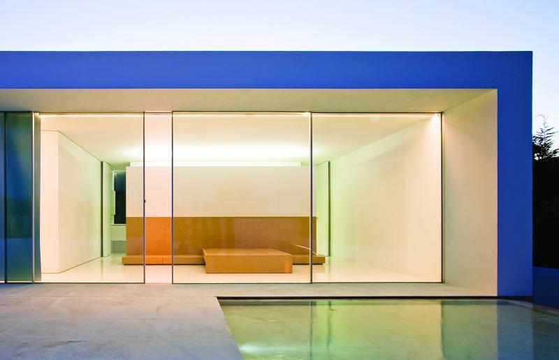 Vitrocsa Invisible Wall door system